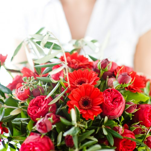 GMH_2011_07_01: Am 8. März wird der Internationale Frauentag gefeiert: Blumen als Zeichen