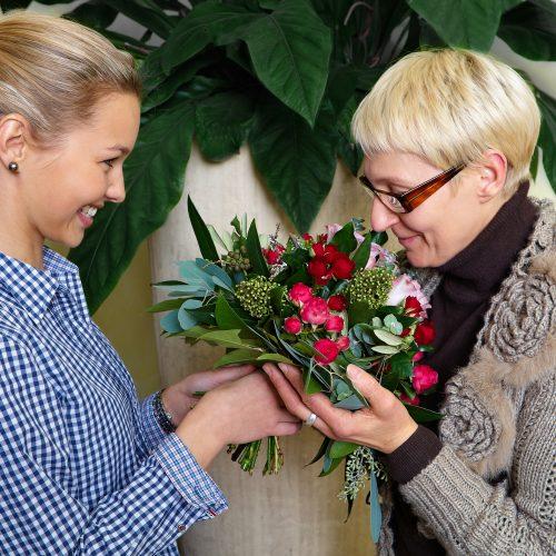GMH_2012_16_06: Frauen wünschen sich zum Muttertag vor allem Aufmerksamkeit