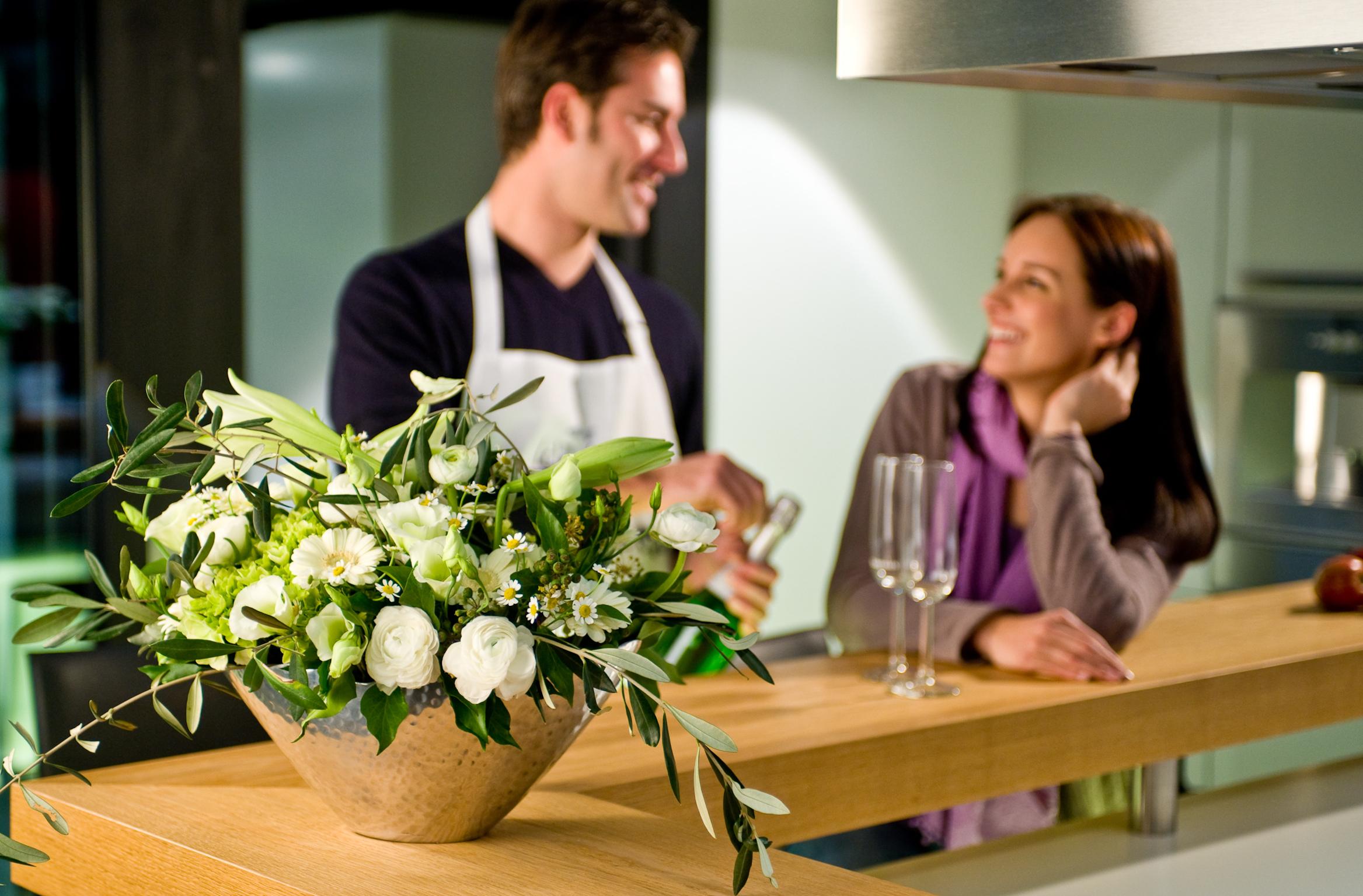 Blumen am Valentinstag helfen der Beziehungspflege