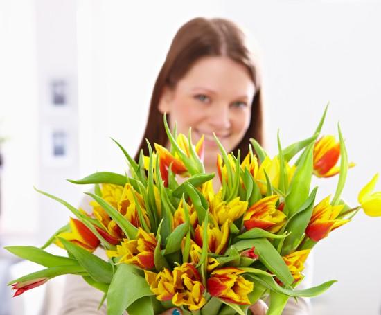 Deutscher Exportschlager: Blumen zum Internationalen Frauentag