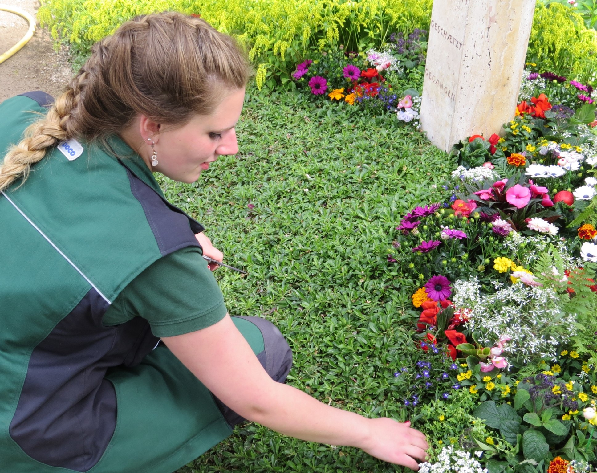 Friedhofsgärtner gestalten Friedhöfe – Orte der Ruhe