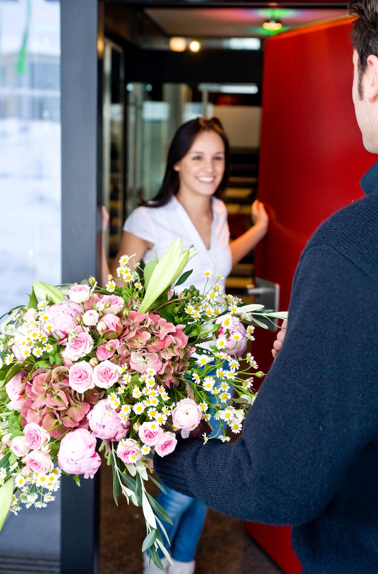 Mit bunten Blüten lässt sich am Valentinstag der Winter beenden
